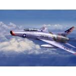 """NORTH AMERICAN F-100C """"SUPER SABRE"""" Maquette avion Trumpeter 1/72e"""