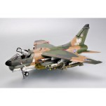 Trumpeter 1/32e VOUGHT A-7D CORSAIR II VERSION USAF 1970
