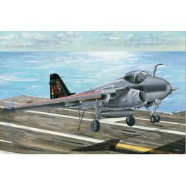 Maquette avion 32e-Grumman A-6E Trumpeter.
