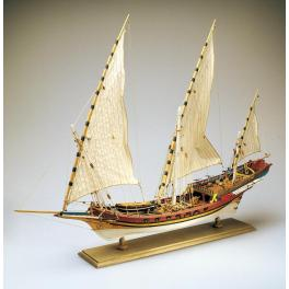 CHEBEC  Amati- 1753 1/60e Maquette de bateau en bois .