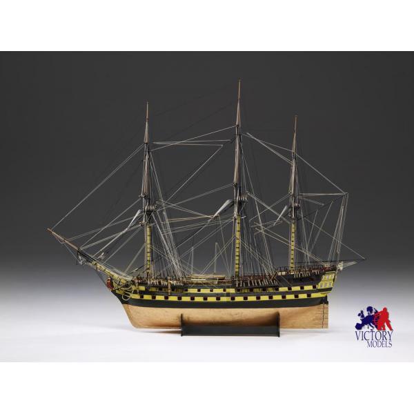Maquette de bateau en bois au 1/72ème.