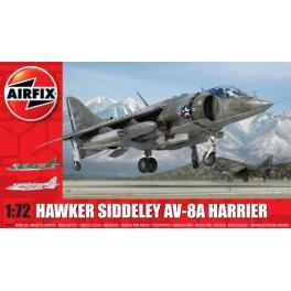Maquette du Hawker AV 8A, avion à réaction au 1/72ème Airfix.