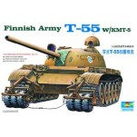 Char moyen T-55 Finlandais avec systeme anti-mines W/KMT-5. Maquette de char Trumpeter 1/35e