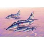 "DOUGLAS A-4F ""SKYHAWK""  Maquette avion Trumpeter 1/32e"