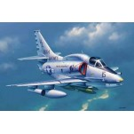 "Mc DONNELL DOUGLAS A-4M ""SKYHAWK"" 1974-87. Maquette avion Trumpeter 1/32e"