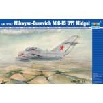 """MIG-15 UTI """"MIDGET""""Maquette avion Trumpeter 1/48e"""