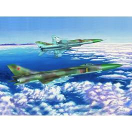 Trumpeter 1/72e SUKHOÏ Su-15 TM Chasseur-intercepteur Soviétique