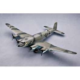 """FOCKE WULF FW 200C-4 """" CONDOR"""" 1943 . Maquette avion Trumpeter 1/48e"""