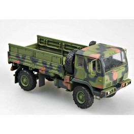Camion US M1078 Light medium tactical vehicule.Trumpeter. Maquette  1/35e