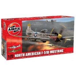 "Maquette NORTH AMERICAN F-51D ""MUSTANG"" AIRFIX 1/72e."