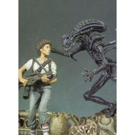 Andrea miniatures,54mm figure kits .Xenomorph.