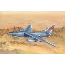 Maquette au 1/48e Douglas TA-3B Skywarrior Trumpeter.