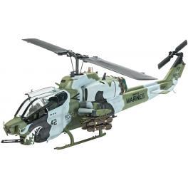 Maquette du Super Cobra, hélicoptère US au 1/48ème de Revell.