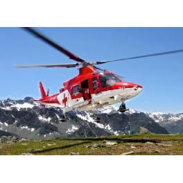 """Maquette d'hélicoptère  A-109 K2 """"REGA""""Revell au 1/72ème."""