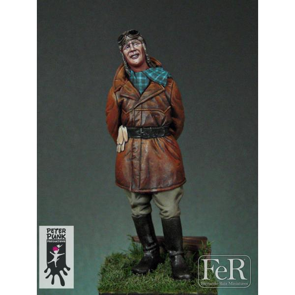 Historical figure kits,Vintage Pilot, 1920 FeR miniatures.