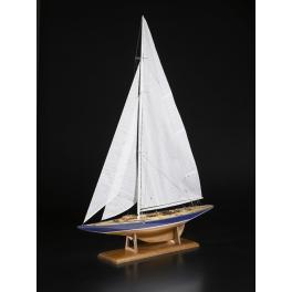 """Maquette de YACHT CLASSE J """"ENDEAVOUR"""" 1934 au 1/50ème."""