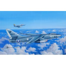 Maquette de bombardier stratégique EKA-3B au 1/48ème Trumpeter.
