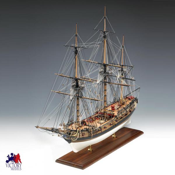 H.M.S. FLY Trois mats Britannique 1776 1/64e Amati.