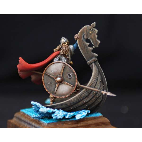 Viking figure kits.Drakkar Raider (AD 750 )54mm Andrea Miniatures.