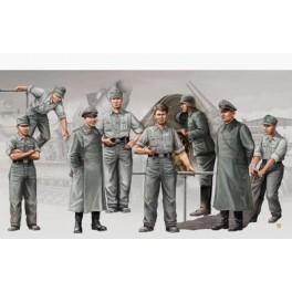 "Set d'artilleurs Allemands  obusier lourd ""Morser Karl"".Figurine Trumpeter 1/35e"