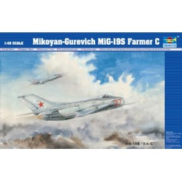 MIKOYAN-GUREVICH MIG-19S Farmer C .Maquette Trumpeter 1/48e
