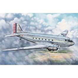 "Trumpeter 1/48e DOUGLAS DC-3 ""SKYTRAIN"" TRANSPORT"