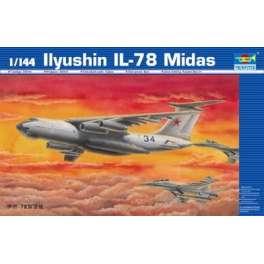 ILYUSHIN IL-78 MIDAS . Maquette d'avion. Trumpeter 1/144e