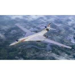 BOMBARDIER SOVIETIQUE TU-160 «BLACKJACK» Trumpeter 1/144e